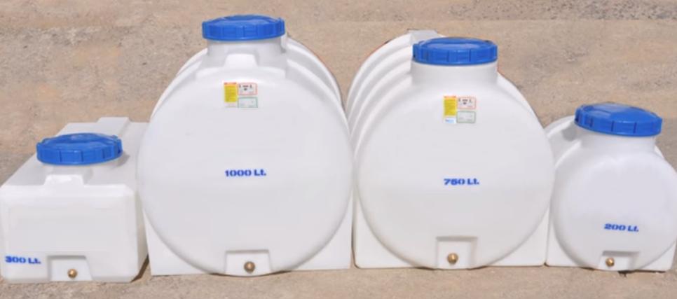 Пластиковые накопительные баки для воды